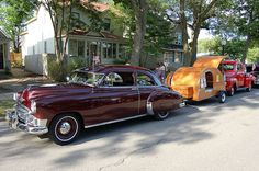 Classic Cars with Trailer Looks good.