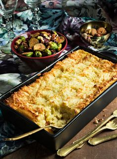Christmas Dishes, Cheddar, Macaroni And Cheese, Food And Drink, Ethnic Recipes, Koti, Christmas Starters, Mac And Cheese, Cheddar Cheese