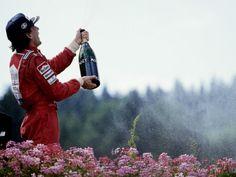 Ayer fue el 19 aniversario de la muerte de Ayrton Senna en el circuito de  Imola b96a44065b482