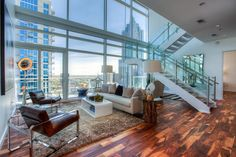 Luxury real estate in Atlanta GA United States - Sophisticated 2-Level Atlanta Penthouse with Luxury Hotel Amenities - JamesEdition