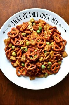 Snack Mix Recipes, Appetizer Recipes, Cooking Recipes, Snack Mixes, Chex Recipes, Thai Cooking, Vegetarian Recipes, Wasabi Peas, Kitchens
