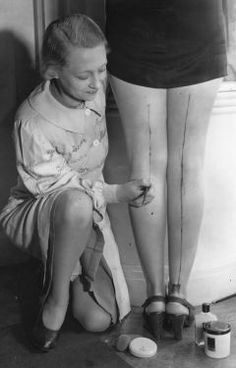 How the girls got by without nylons during wartime rationing!  Brow pencils!  Photo: A R Tanner/Getty Images peacoquette