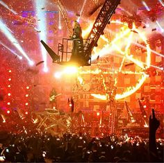 Motley Crüe... The last Days... All Bad things must end :(