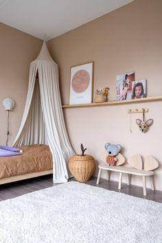 Baby Room Design, Baby Room Decor, Comfy Bedroom, Girls Bedroom, Yellow Kids Rooms, Three Bedroom House Plan, Home Decoracion, Kids Room Paint, Big Girl Rooms