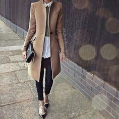 elegant-winter-hijab-with-beige-coat- Cute cozy winter hijab style http://www.justtrendygirls.com/cute-cozy-winter-hijab-style/