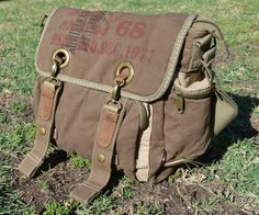 Retro Bike Messenger Bag - vintage bag #canvasmessengerbag #serbags