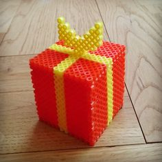 Christmas present perler beads by Thea IMYBY