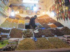 le marché aux épices dans la Médina