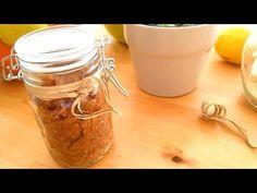 Jak vyrobit domácí Bio Peeling - Scrub Maska se Skořicí a vitamínem C - . Mason Jars, Mugs, Tableware, Diy, Dinnerware, Bricolage, Tumblers, Tablewares, Mason Jar