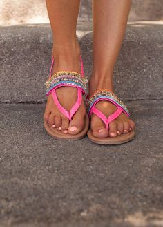 Online boutique. Best outfits. Beautiful Beaded Colorful Sandals Hot Pink - Modern Vintage Boutique.