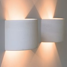 Half cylinder for wall lighting - Lamb idea Hallway Lighting, Living Room Lighting, Indoor Wall Lights, Ceiling Lights, Interior Lighting, Lighting Design, Lighting Ideas, Contemporary Home Furniture, Indirect Lighting