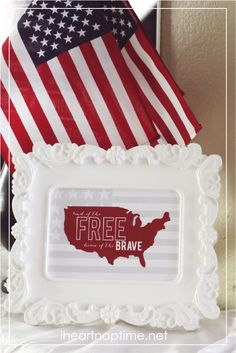 Free 4th of July prints in 2 different colors -love!