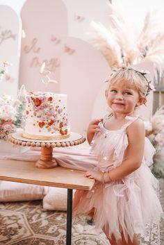 Castle Birthday Cakes, Fairy Birthday Party, 6th Birthday Parties, Baby Birthday, Birthday Party Decorations, Toddler Tea Party, Fairy Tea Parties, Boho, Enchanted