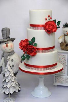 Christmas wedding cake by Cake Addict - http://cakesdecor.com/cakes/302236-christmas-wedding-cake