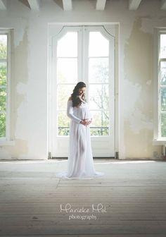 #Beautiful #woman #Maternity