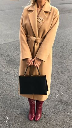Trench Coat Outfit For Spring - FashionActivation Komplette Outfits, Winter Outfits, Fashion Outfits, Womens Fashion, Fashion Trends, Fashion Top, Trench Coats, Mode Kimono, Trench Coat Outfit