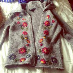 María Cielo: Cardigan bordado