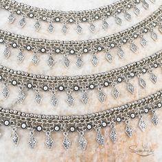 Choker Adele by Ríe Simona ♡ Accesorios de diseño Córdoba. Argentina. www.riesimona.com.ar www.facebook.com/riesimona www.instagram.com/riesimona Jewelry Rings, Jewelery, Silver Jewelry, Wire Weaving, Chocker, Chainmaille, Leather Jewelry, Jewelry Crafts, Jewelry Making