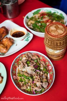 Som Tam Jay So (ร้านส้มตำเจ๊โส) is a restaurant in Bangkok that serves authentic Isaan food. If you're looking for real-deal som tam (green papaya salad), this is a restaurant you have to eat at in Bangkok!