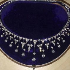 Another picture of this stunning Antique diamond necklace in a Tiara form Dm for more details. #wow #antiquejewelry #antiquejewellery