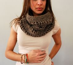 Drop Stitch Cowl in Shale by SpiderWomanKnits, via Flickr