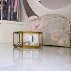 A sneak peek of upcoming blog post  #vanity #dressingtable #makeupdesk #decor #home #accessories #makeupbag #floral #onmytable #beauty #decorate #decoration #golden #jewelrybox #insta #instadaily #instadecor #photooftheday #blog #blogger #blogging