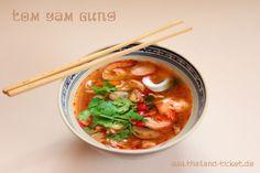köstliche scharf limettensaure Thai Suppe mit Garnelen   Foto: Tom Yam Gung