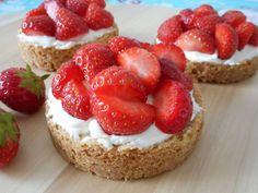 Aardbeien zandtaartjes / Taart & gebak / Recepten | Hetkeukentjevansyts.nl