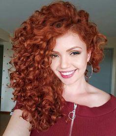 New Crochet Braids Wavy Curls Natural Hair Ideas Pelo Color Plata, Blonde Curly Hair, Red Hair Perm, Curly Ginger Hair, Curly Hair Styles, Natural Hair Styles, Long Shag Haircut, Wavy Curls, Red Curls
