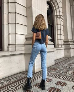 Your style shows how you express yourself - Henleinz - WOMEN OUTFITS - Casual / Elegant / Streeetwear - Kleidung Casual Wear Women, Outfits Casual, Casual Jeans, Jean Outfits, Summer Outfits, School Outfits, Winter Outfits, Blue Outfits, Lazy Outfits