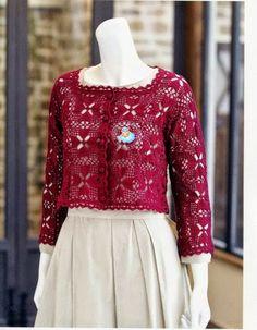 Crochet: bolero with motives