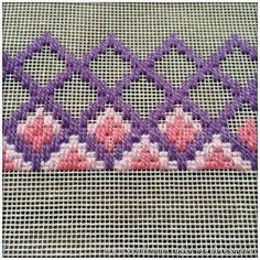 bargello embroidery patterns - start at 18 holes up. Broderie Bargello, Bargello Needlepoint, Needlepoint Stitches, Needlepoint Canvases, Cross Stitches, Hardanger Embroidery, Hand Embroidery Stitches, Cross Stitch Embroidery, Embroidery Patterns