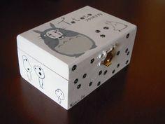 Totoro Box (hand-painted) by Matita's Art