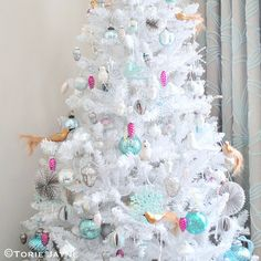I have started to decorate my new white Christmas tree. With mini glass pinecones, Sequin bird and flocked baubles, Pearlised owls, Vintage Christmas tree decorations, Vintage inspired Christmas dec Shabby Chic Christmas, Coastal Christmas, Christmas 2016, White Christmas, Christmas Time, Christmas Gifts, Xmas, Pretty Pastel, Vintage Holiday