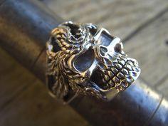 Skull ring in sterling silver by Billyrebs on Etsy, $79,00