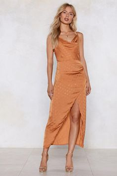 How long is too long? Buy the ideal maxi dress online from Nasty Gal, from floral to black or white maxi dress, perfect for the summer or a formal evening. White Maxi Dresses, Nice Dresses, Tshirt Dress Outfit, Dresses To Wear To A Wedding, Wedding Outfits, Floor Length Dresses, Dot Dress, Ladies Dress Design, Polyvore Outfits