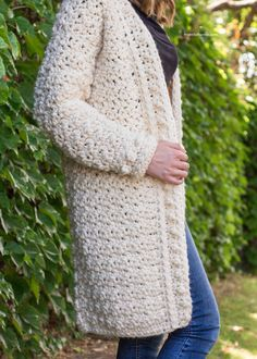 Crochet Patterns Cardigan Ravelry: Snow Angel Cardigan pattern by Olivia Kent Gilet Crochet, Crochet Coat, Crochet Shawl, Crochet Clothes, Crochet Hooks, Free Crochet, Crochet Sweaters, Crochet Vests, Crochet Granny