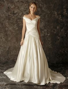 Designer Wedding Dresses   Bridal Gowns   Wedding Accessories   Augusta Jones
