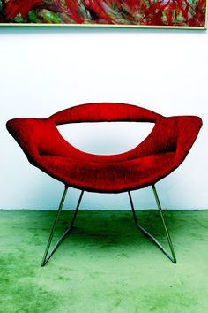 "Modernist furniture in Turkey 1953-1966 | Google Arts & Culture - ""Chair, reflecting a vernacular modernism rather than the western trend of that time. The original design, Flying Rumi, was designed by İlhan Koman"""