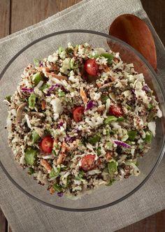 Taboulé de quinoa  80 g de quinoa  1 tomate 1/4 de concombre ou 1/2 poivron vert 1 petit oignon rouge Le jus d'1/2 citron