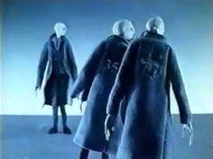 """""""Balance"""" (Equilibrio) es una animación alemana de 1989. Fue producida por los hermanos gemelos Wolfgang y Christoph Lauenstein. El cortometraje muestra a ci..."""