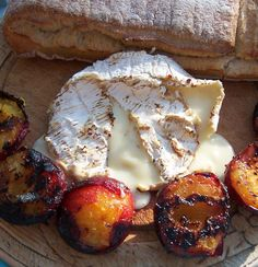Grilled Peaches & Camembert #vegetarian BBQ http://www.selectps.com/index.php?main_page=product_info&cPath=2_33&products_id=546