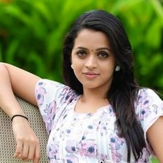 Newreel Photo Wallpaper Hd Wallpaper Bhavana Actress Stars Actresses Movies