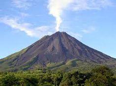arenal vulcano in costa rica