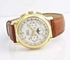 Zenith  El Primero Moon Phase  Chronomaster  18k Yellow Gold    Wristwatch