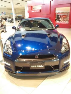 Nissan GTR (thes fastest Japanese car)