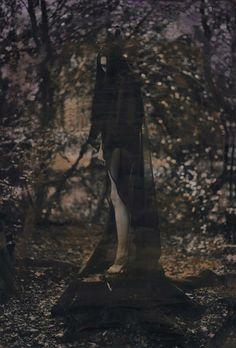 Katie Eleanor #dark #photography Oscar Wilde, Gothic Drawings, Dreamy Photography, Artistic Photography, Gothic Culture, Gypsy Witch, Dark Fairytale, Dark Witch, Misty Forest