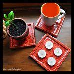 Ceramic candle pads that can be used in many different ways. Ceramiczne podstawki pod świece, które można wykorzystać na wiele różnych sposobów.