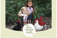 Sonia recycles, repairs and upcycles forgotten and discarded dolls. They are given a new down-to-earth style and are soon ready for outdoor adventures
