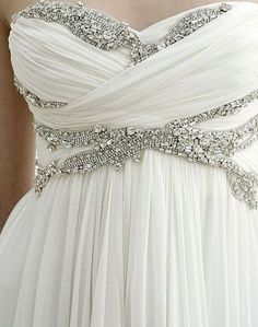 I normally wouldn't like something with bling like this, but I think this dress is gorgeous.
